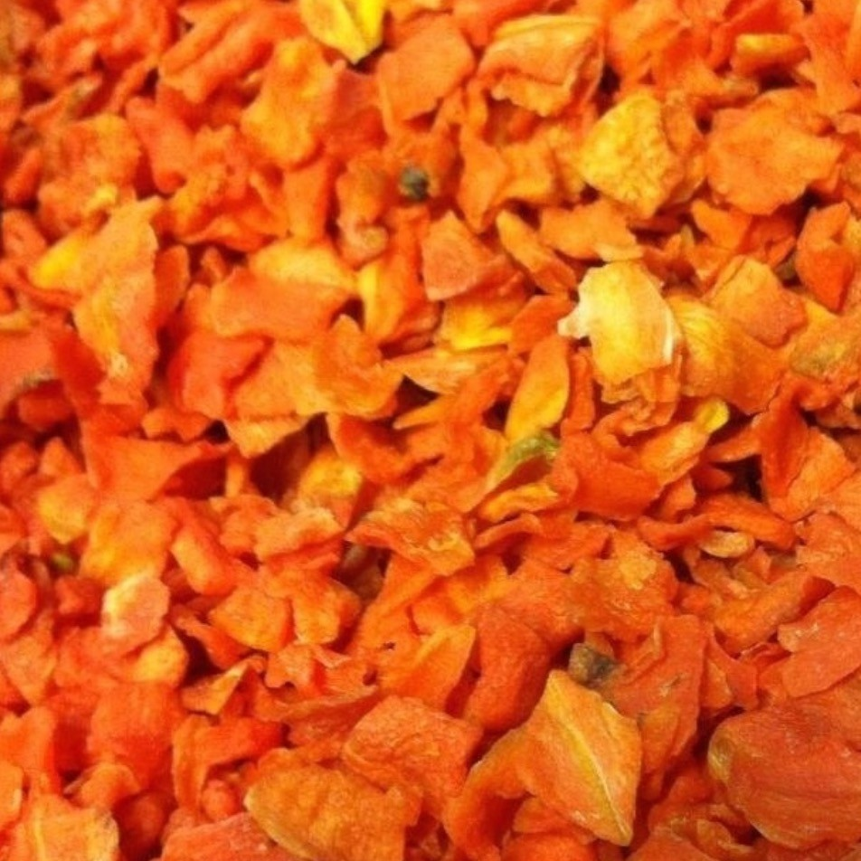 SAM1 Dried Carrot flakes